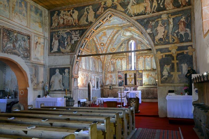 Los frescos dentro de la iglesia gótica foto de archivo libre de regalías