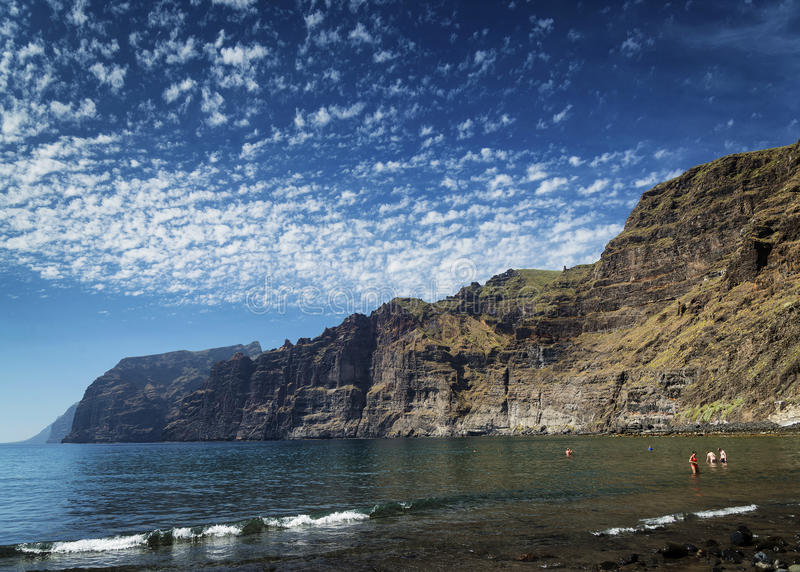 Los gigantes峭壁地标在南特内里费岛海岛西班牙 免版税库存图片