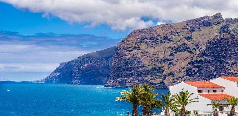Los Gigantes berg, Tenerife royalty-vrije stock afbeelding
