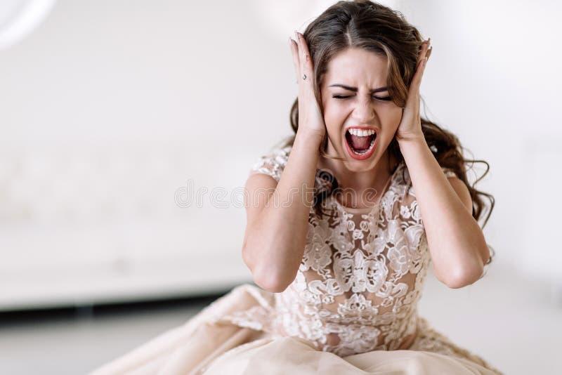 Los gritos de la novia foto de archivo libre de regalías