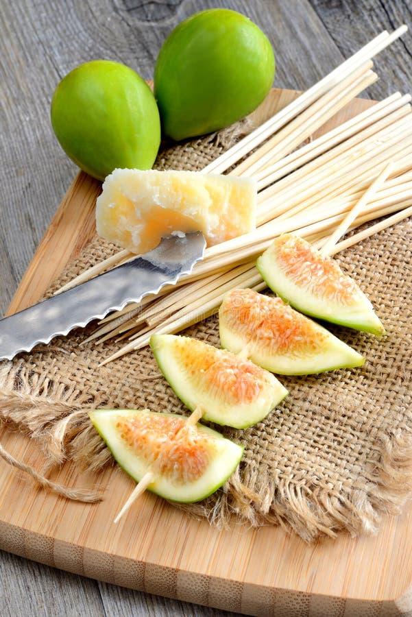 Download Los higos empanan y jamón imagen de archivo. Imagen de rojo - 44850509