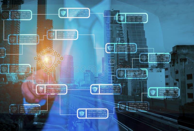Los hombres de negocios utilizan el sistema del establecimiento de una red del bloqueo de teclas del interfaz del finger a s stock de ilustración