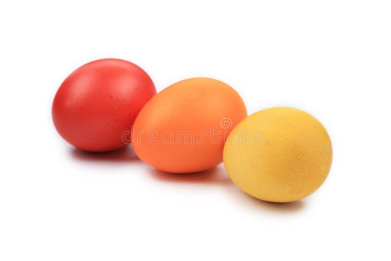 Los huevos de Pascua coloridos se cierran para arriba. imagen de archivo