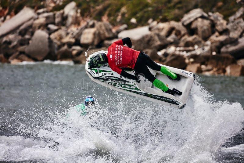 Los jinetes profesionales del esquí del jet compiten en el viaje del mundo de IFWA fotos de archivo libres de regalías