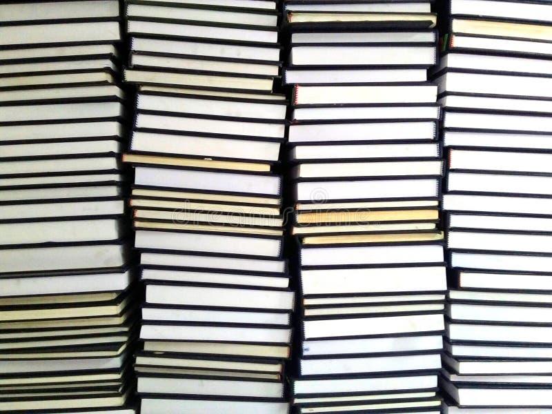 Los libros fondo, educación y conocimiento, aprenden y estudian concepto Lectura y ciencia, escuela y universidad, biblioteca esc imagen de archivo