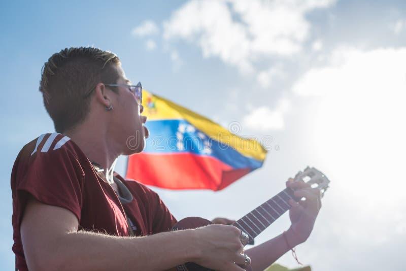 Los músicos protestan para Venezuela imagen de archivo