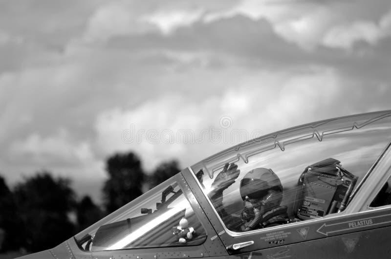 Los militares de Airshow Italia pilotan fotografía de archivo libre de regalías