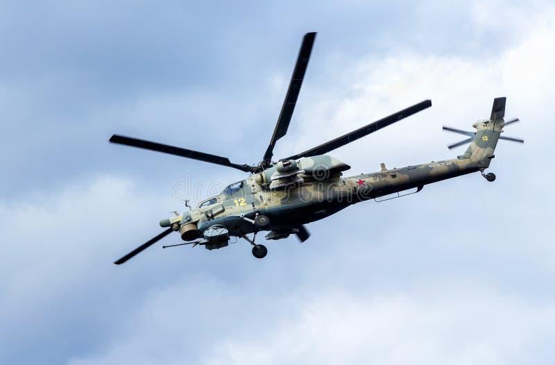 Los militares rusos del estrago de la fuerza aérea Mi-28 atacan el helicóptero de combate fotos de archivo libres de regalías