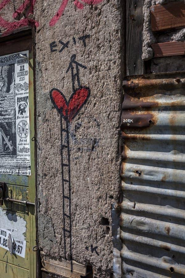 Los murales del arte de la calle en Roma, salida incorporan el trabajo fotos de archivo libres de regalías
