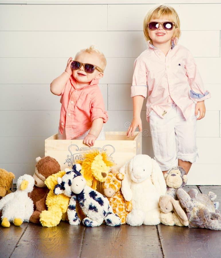 Los niños frescos imágenes de archivo libres de regalías