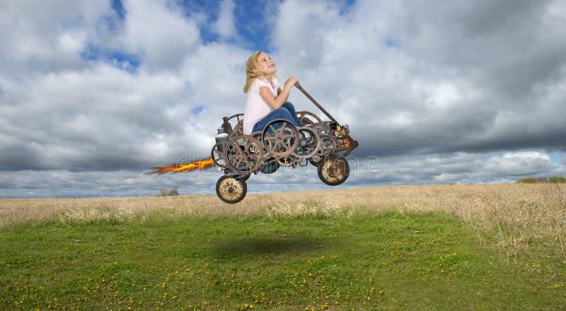 Los niños que juegan, imaginación, hacen para creer fotografía de archivo libre de regalías