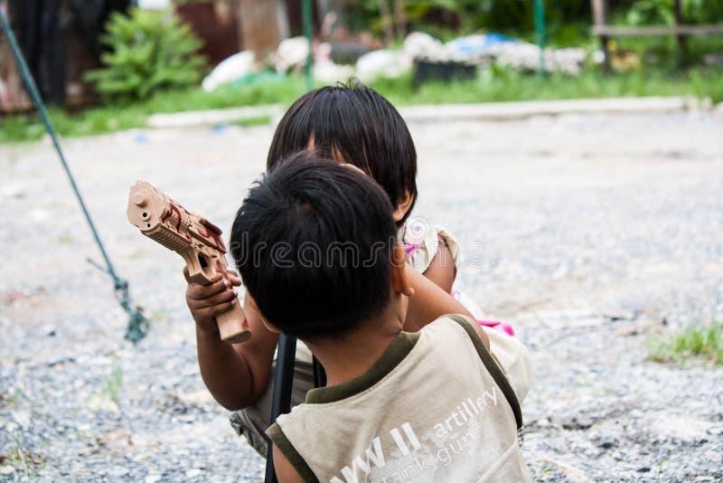 Los niños son diversión para aprender fotografía imágenes de archivo libres de regalías