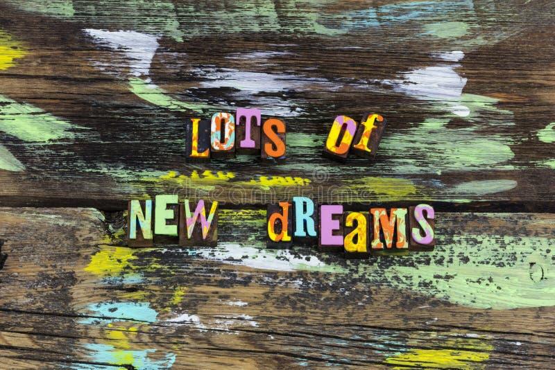 Los nuevos pensamientos de las ideas de las tendencias de los sueños creen que los planes siguen vida imagen de archivo