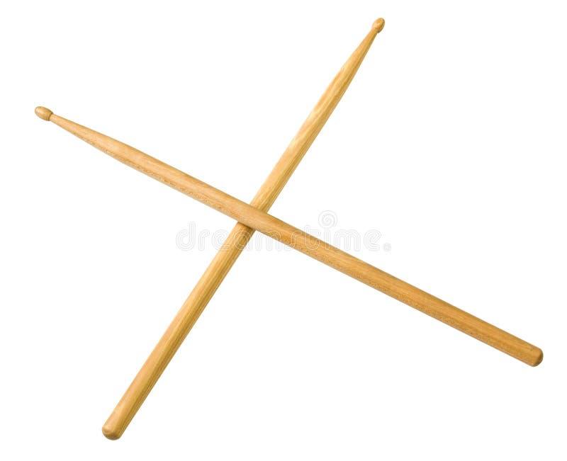 Los palillos del tambor hacen de la madera imagenes de archivo