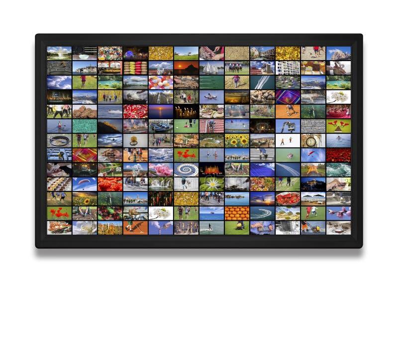 Los paneles del LCD TV como pared video con imágenes coloridas foto de archivo