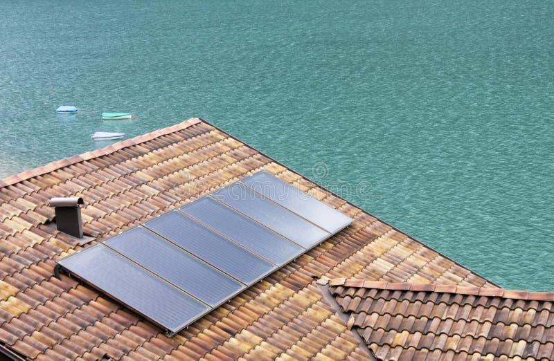 Los paneles solares fotos de archivo libres de regalías