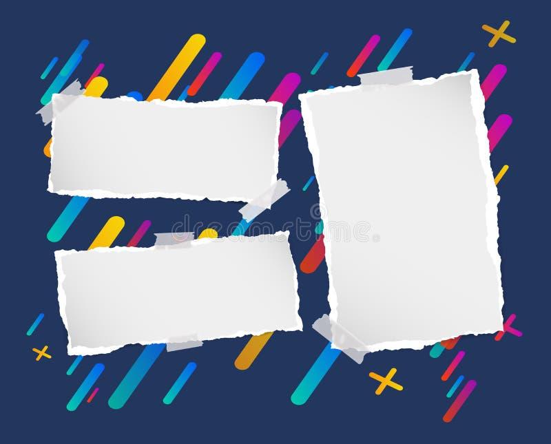 Los pedazos de nota en blanco rasgada, cuaderno, tiras de papel del cuaderno se pegaron en fondo colorido alineado libre illustration