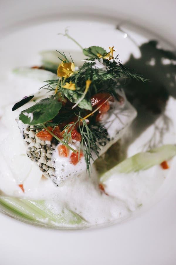 Los pescados de bacalao del ` s del pomelo fotografía de archivo libre de regalías