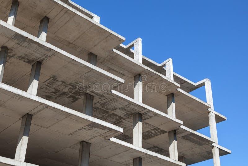Los pisos concretos están bajo construcción imagen de archivo libre de regalías