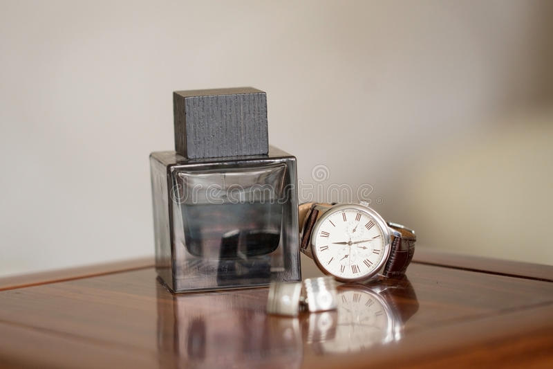 Los relojes de los hombres fotografía de archivo