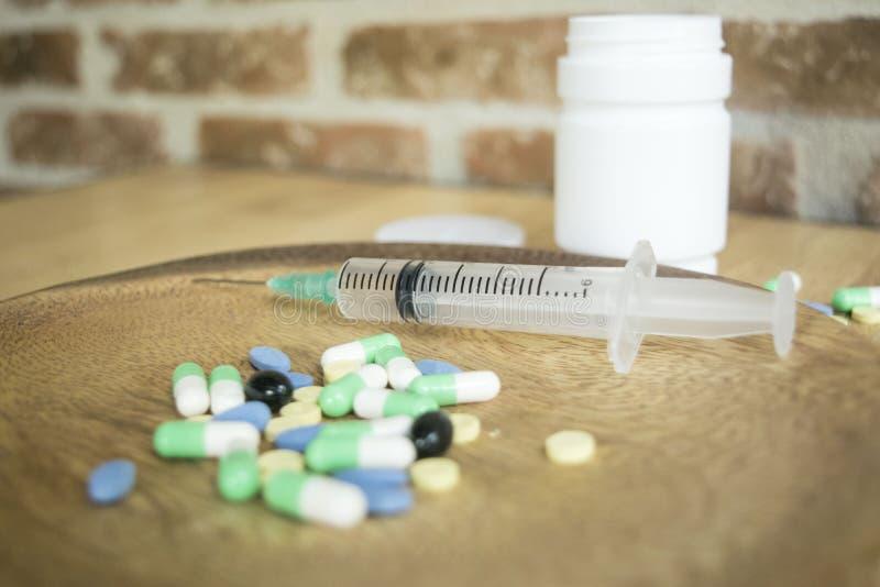 Los remedios caseros comunes son esenciales para tratar enfermedad que es la base foto de archivo
