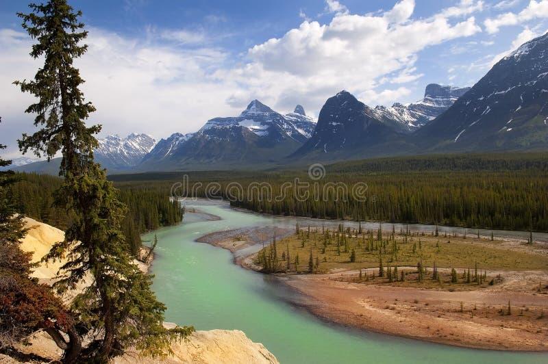 Los Rockies canadienses poderosos imagen de archivo