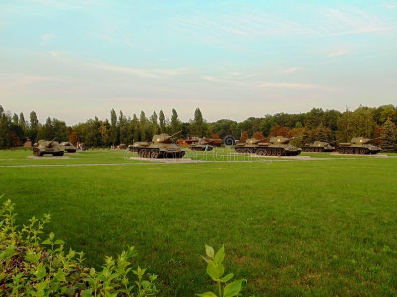 Los tanques en complejo conmemorativo foto de archivo