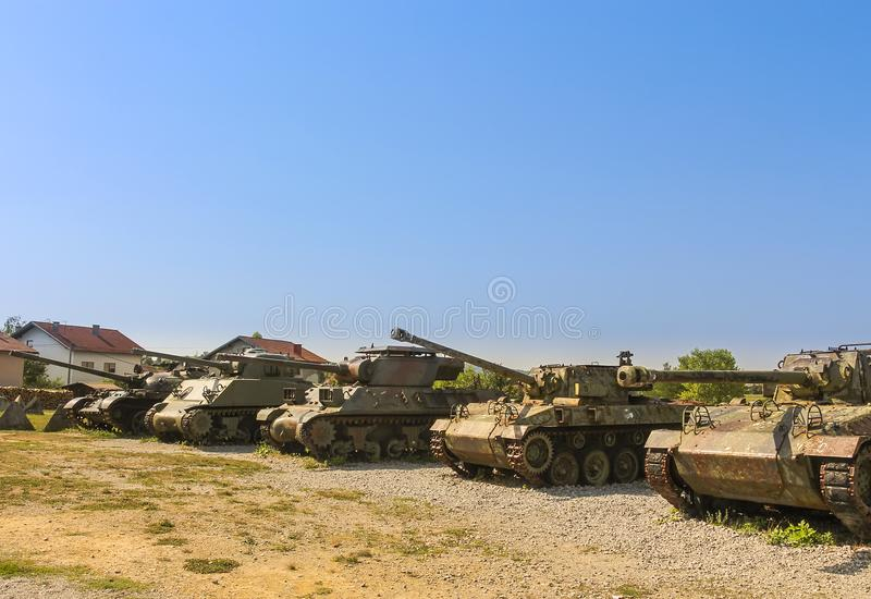 Los tanques exhiben en el museo de las colecciones del ejército de la guerra croata de la patria imágenes de archivo libres de regalías