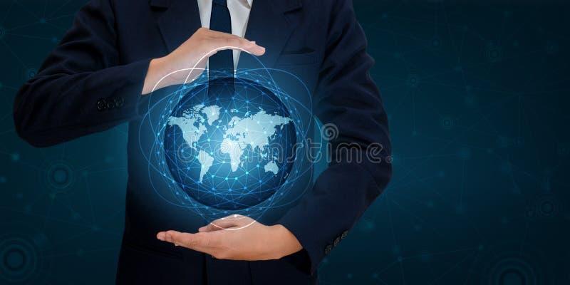 Los teléfonos elegantes y los hombres de negocios infrecuentes de Internet del mundo de la comunicación de las conexiones del glo stock de ilustración