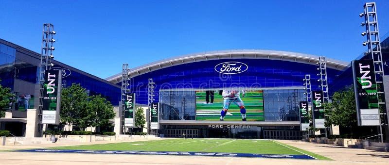 Los vaqueros de Ford Center Dallas TX colocan la estrella imagen de archivo libre de regalías