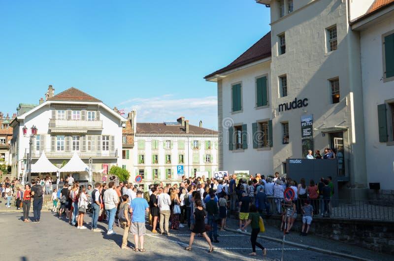 Losanna, Svizzera - 9 luglio 2019: Festival de la Cite in vie della città svizzera Evento culturale tradizionale con le arti fotografia stock libera da diritti