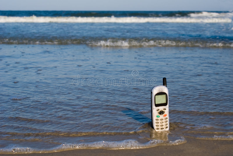 Download Lost Cellphone stock image. Image of call, coast, telephone - 6100087