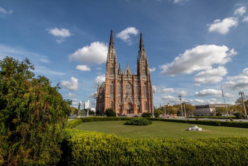 Losu Angeles Plata katedra Moreno i plac - los angeles Plata, Buenos Aires prowincja, Argentyna obraz stock