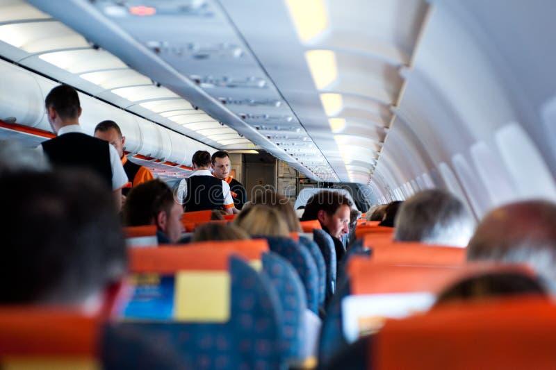 Lotów pasażerów i załoga lot na samolocie zdjęcia stock