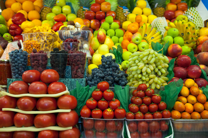 Download Lot Of Fresh Fruits And Vegetables For Sale Stock Image - Image: 33983401