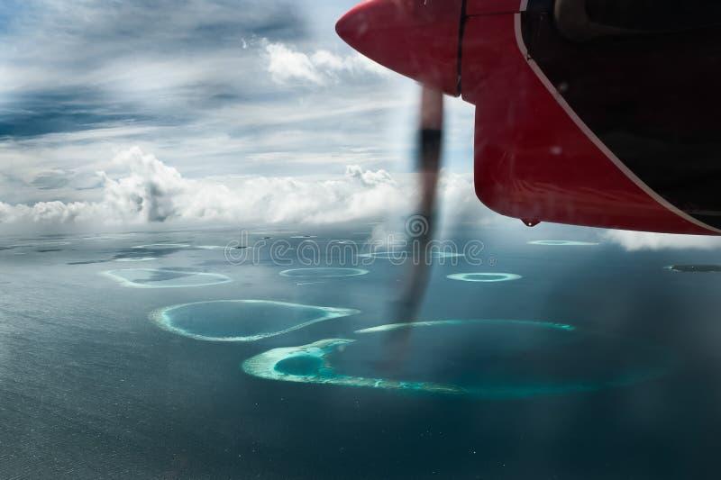 Lot na Malediwach z wysokości obrazy royalty free