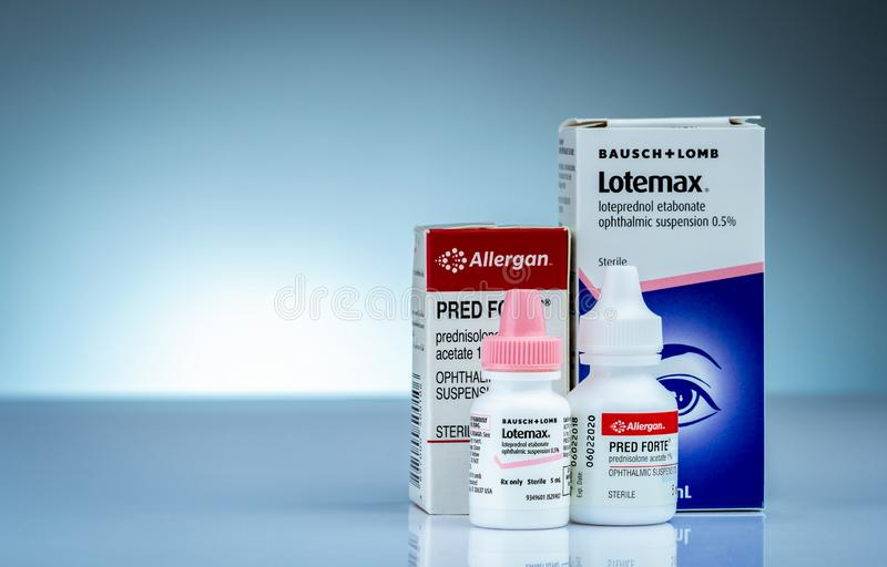 Lotemax和Pred长处5 ml Loteprednol etabonate眼科停止0 5%和泼尼松龙醋酸盐1% 不育的眼药水 库存照片