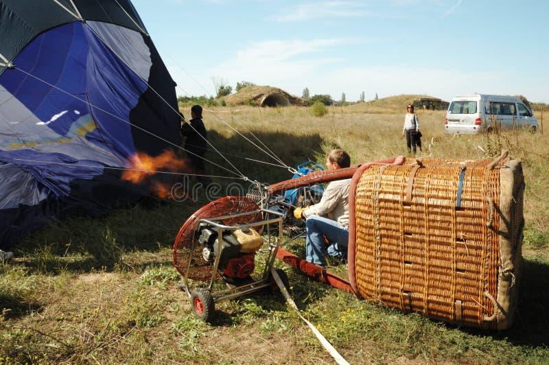 lotniczego balonu gorący wodowanie pilot target849_1_ fotografia stock