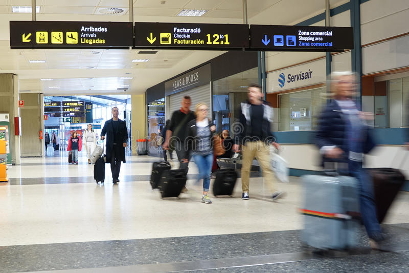 Download Lotnisko zdjęcie editorial. Obraz złożonej z nowy, odjazdy - 53793116