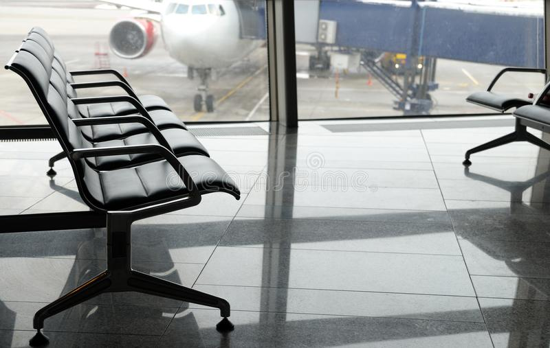 Lotniskowego terminal wyjściowy teren inside obraz stock