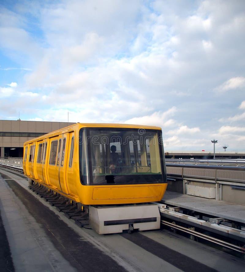lotniskowego wahadłowa pociąg obraz stock