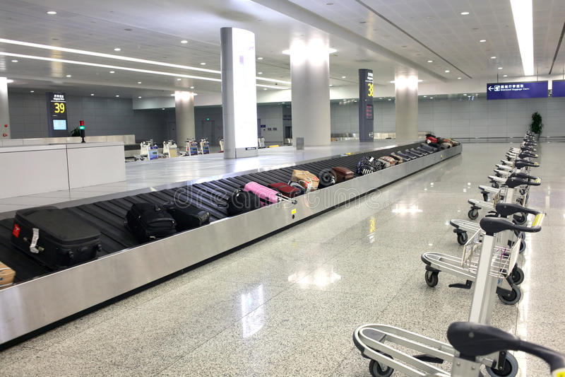 Lotniskowy bagażowy pickup obraz stock