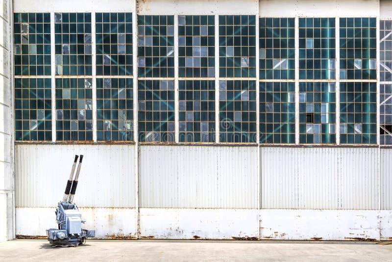 Lotniskowy hangar obrazy royalty free