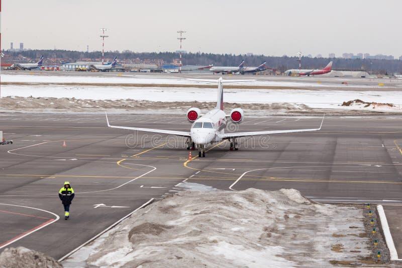 lotniskowy międzynarodowy Sheremetyevo Parking samolot zdjęcia stock