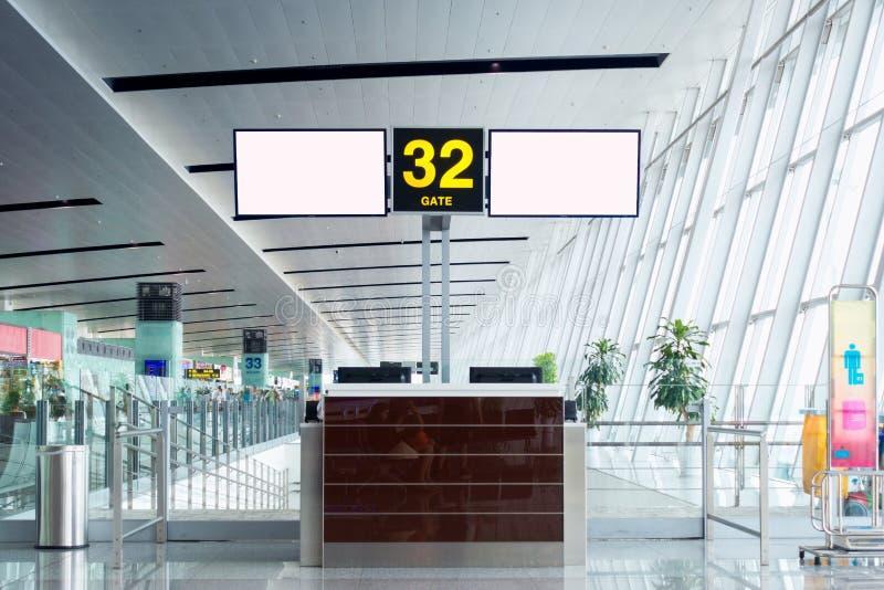 Lotniskowy odprawa kontuar w brama odjeździe, Wewnętrzny terminal ai obraz stock