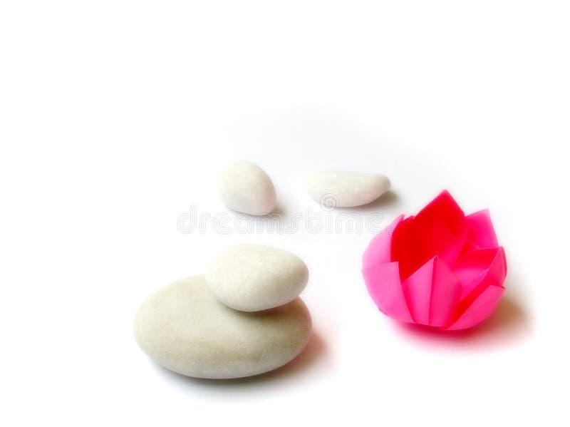 lotosowi białe kamienie origami papieru obrazy stock