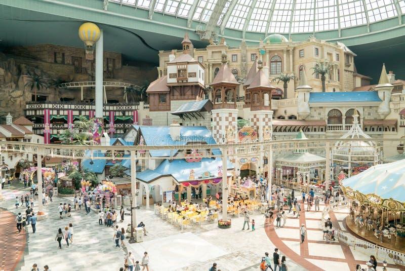 Lotte World, ein berühmter Unterhaltungsfreizeitpark in Seoul lizenzfreies stockbild
