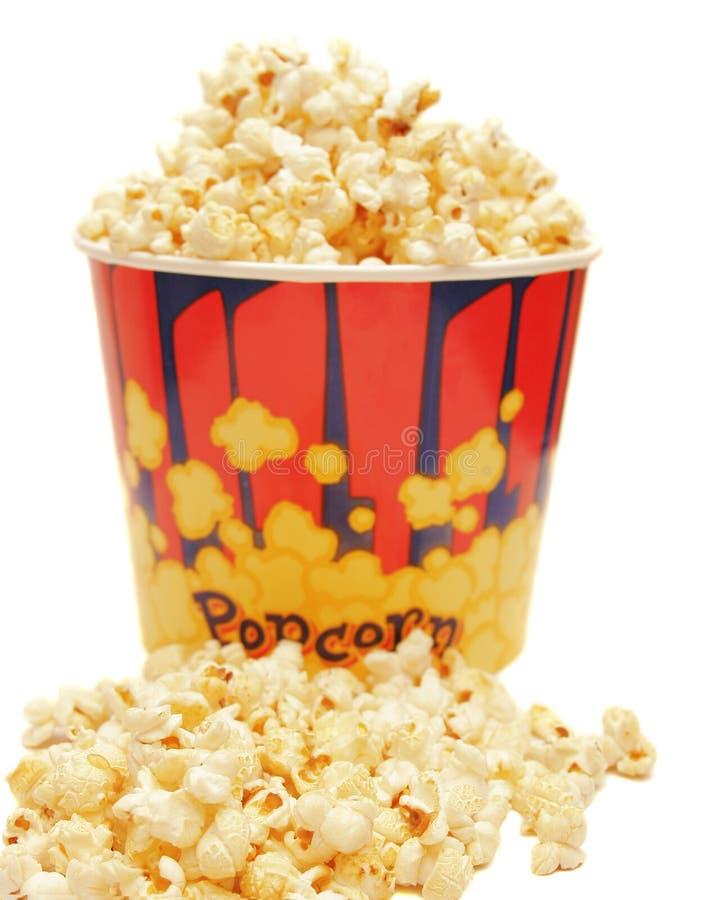 lotto di popcorn su bianco immagine stock libera da diritti
