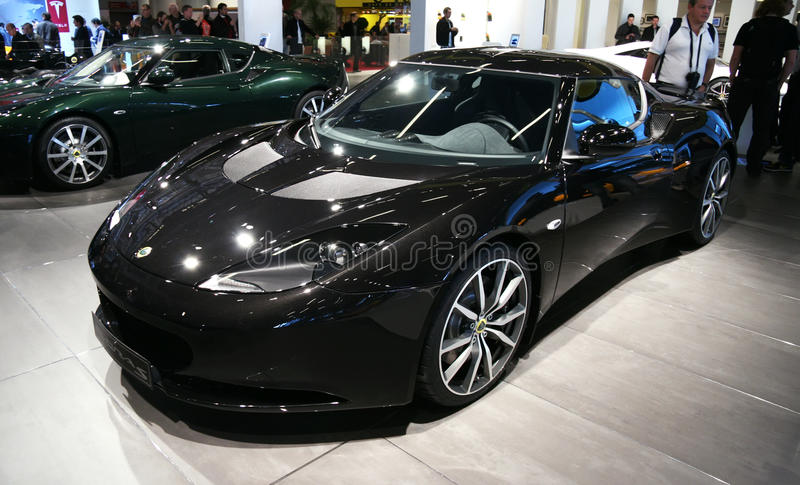 lotus evora s au salon de l 39 automobile de paris photo stock ditorial image du cabine rapide. Black Bedroom Furniture Sets. Home Design Ideas