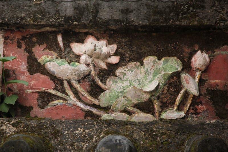 Lotus Flower Relief fotografering för bildbyråer